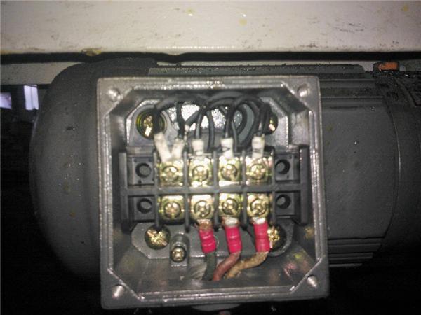 怎么接线,现在图1的接线(三相380v)方式电机是在高压