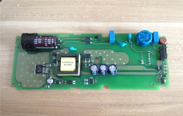 plc 西门子(siemens)plc  接错线,导致端子的24v没有了,拆开后,板子上