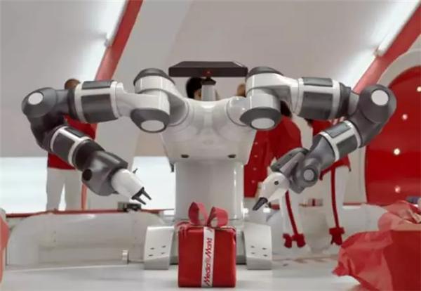 海外镜鉴----达芬奇设计的机器人图片