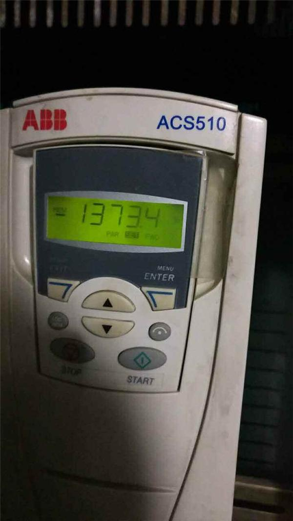 abb    acs510恒压供水一拖二,变频器休眠后显示a2018水泵不转,4011显