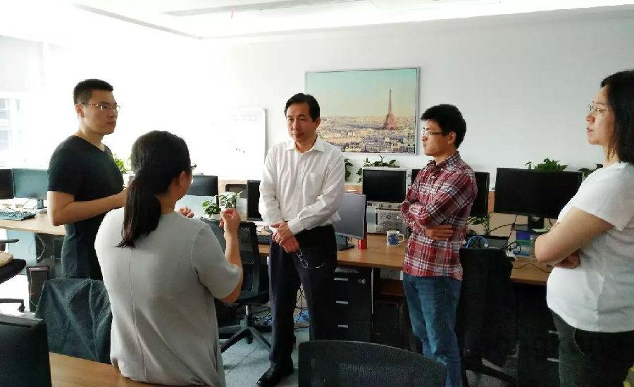 智能制造专家赵敏一行到李群自动化深圳分公司调研和交流