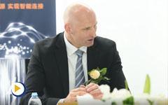 对话TE工业部全球高级副总裁及总经理Lars Brickenkamp先生