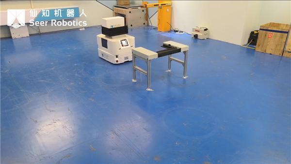 基于AMB的潜入顶升机器人智能绕障