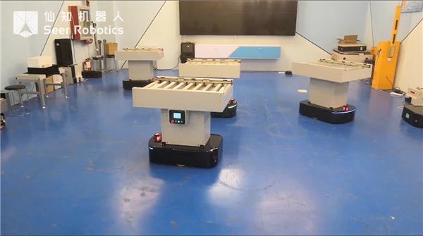 基于AMB的辊筒机器人多机调度