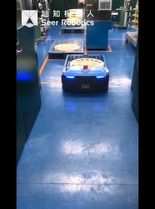基于SRC的激光SLAM地面式自动叉车窄通道运行
