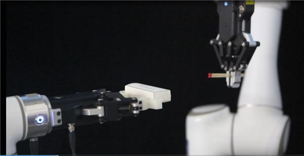 艾利特机器人圣诞节视频