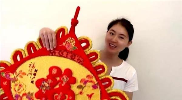 游泳奥运冠军焦刘洋-工控网与世界冠军陪你一起就地过年