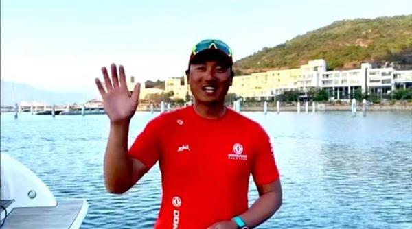 帆船世界冠军陈锦浩-工控网与世界冠军陪你一起就地过年